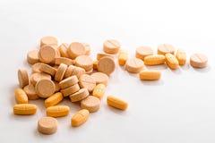 不同的药片和片剂 免版税图库摄影