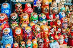 不同的被筑巢的玩偶 荷兰男人飞行堡垒保罗・彼得・彼得斯堡餐馆俄国圣徒 8月17日 2017年 库存照片