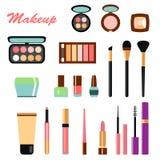 不同的装饰化妆用品大彩色组  库存照片