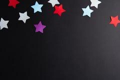 不同的颜色纸星  免版税库存照片