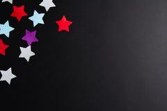 不同的颜色纸星  免版税库存图片