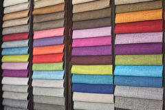 不同的颜色织品样品室内设计的作为背景 图库摄影