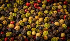 不同的颜色胡椒混合物  免版税库存照片