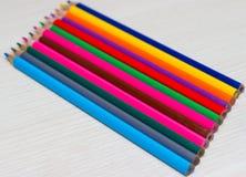 不同的颜色铅笔 免版税库存照片