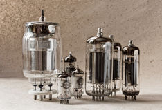 不同的tipes电子真空管的构成 库存照片