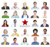 不同种族的五颜六色的不同的人民画象  库存照片