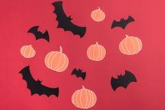 不同haloween在红色背景的标志 图库摄影