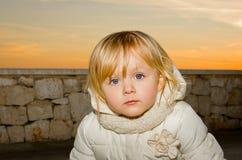 不快乐的单独孩子 免版税库存图片