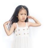不快乐的小女孩画象  免版税库存照片