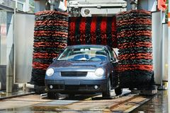 不接触的汽车汽车清洁服务 图库摄影