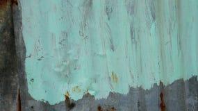 不规则地被绘的波纹状的锌板料 库存图片