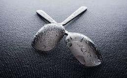 不锈钢光滑的金属厨房匙子 免版税库存图片