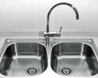 不锈钢厨房水槽 库存图片