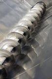 不锈钢木钻在酿酒厂的压力葡萄 免版税图库摄影