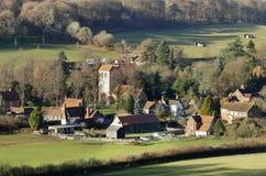 与一个村庄的风景谷的 免版税库存图片