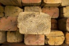 与一个的木材拨开 免版税库存照片
