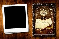 与一个空的照片框架的圣诞节 图库摄影