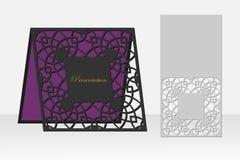 与一个重复的几何样式的卡片激光切口的 库存照片