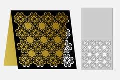 与一个重复的几何样式的卡片激光裁减的 免版税库存图片