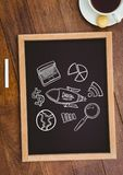 与一个黑板的台式有网图表的 库存图片