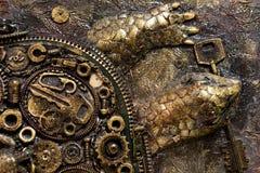 与一把钥匙的乌龟在他的嘴 免版税图库摄影