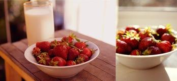 与一杯的草莓牛奶 免版税库存照片