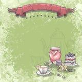 与一杯茶的背景图象,果酱蛋糕和香草开花 免版税库存图片