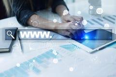与万维网文本的查寻酒吧 网站, URL 数字式营销 事务、互联网和技术概念 免版税库存图片