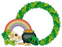 与三叶草和妖精金壶的圆的框架 光栅cli 库存图片