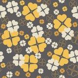 与三叶草的典雅的无缝的样式在圣帕特里克的天离开 库存照片
