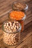 与三的三块玻璃豆类 免版税库存照片