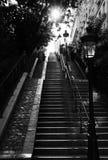 与不尽的梯子的沈默街道 免版税图库摄影