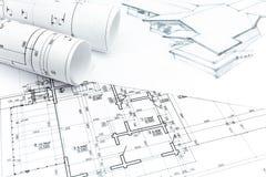 与与房子计划图纸的议院图画 免版税图库摄影