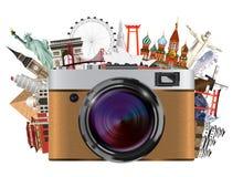 与世界地标的真正的紧凑旅行照相机 免版税图库摄影