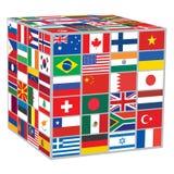 与世界旗子的立方体 免版税库存图片