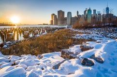 与世界贸易中心一号大楼大厦的曼哈顿地平线在tw 免版税库存照片