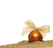 圣诞节金黄球 免版税图库摄影