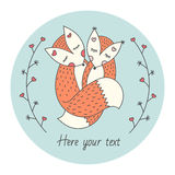与两只狐狸的逗人喜爱的卡片 在动物之间的爱 在每边的抽象分支 向量 免版税库存图片