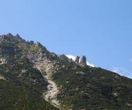 与两岩石的山麓小丘在威尼斯式方言OMO e夫人Th叫 库存图片