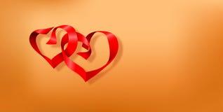 与两心脏的情人节明信片由红色丝带做成在光滑的棕色背景 免版税库存图片