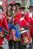 与中世纪战士的背景行军的 图库摄影