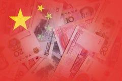与中国货币的透明中国旗子在背景中 免版税图库摄影