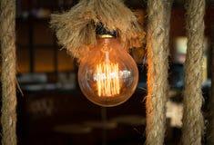 与串的照明设备装饰 免版税库存图片