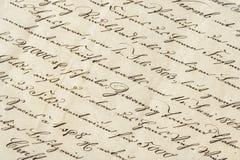 与书法手写的文本的古色古香的信件 被弄脏的grunge宏观老纸铁锈 免版税库存照片