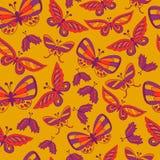 与乱画蝴蝶的无缝的背景 免版税库存图片