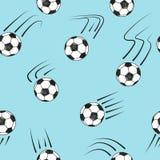 与乱画足球的无缝的样式在蓝色 库存图片