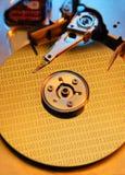 与二进制编码的计算机磁盘驱动器 免版税库存照片