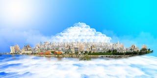 与云彩山的想象力吉达在云彩海  库存照片