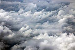与云彩的严重的天空 库存图片