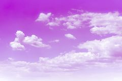 与云彩的桃红色天空,爱背景 免版税库存照片